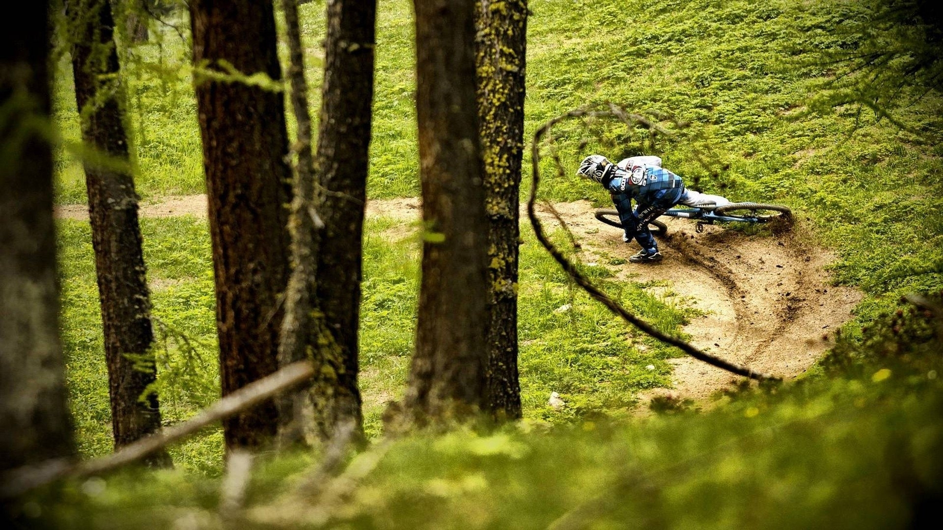 15 mountain bike hd wallpapers | background images - wallpaper abyss