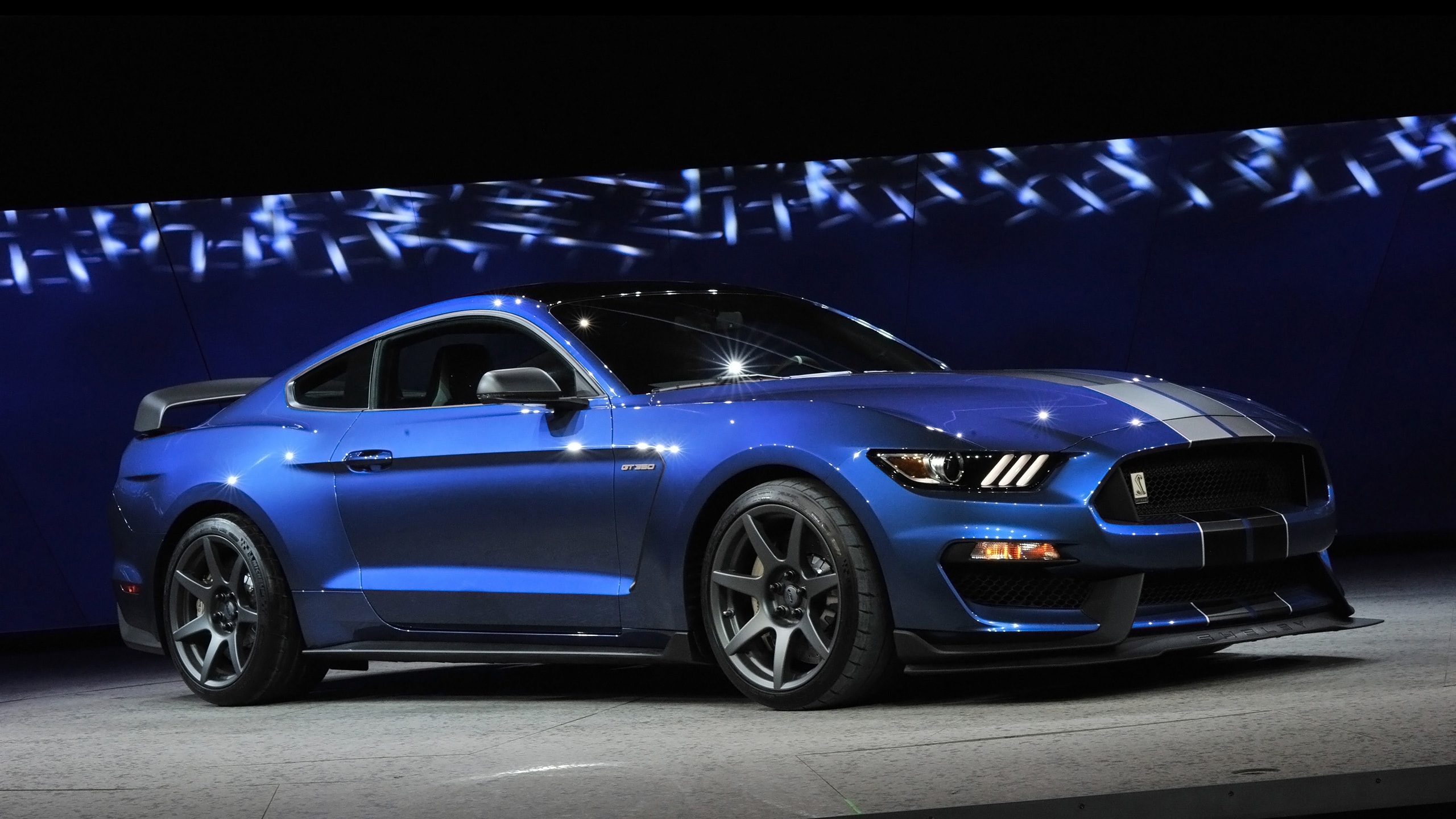 2016 ford shelby gt350r mustang 2 wallpaper | hd car wallpapers