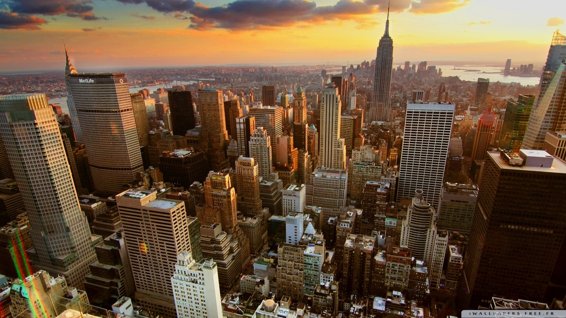 aerial view of new york city-wallpaper-1920x1080 - 10 000 fonds d