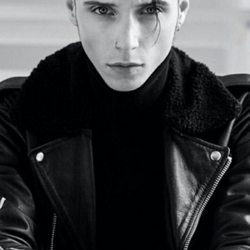 10 Most Popular Andy Biersack Wallpaper Iphone FULL HD 1080p For PC Desktop 2020 free download andy biersack is life creepy girls do it better pinterest 800x800