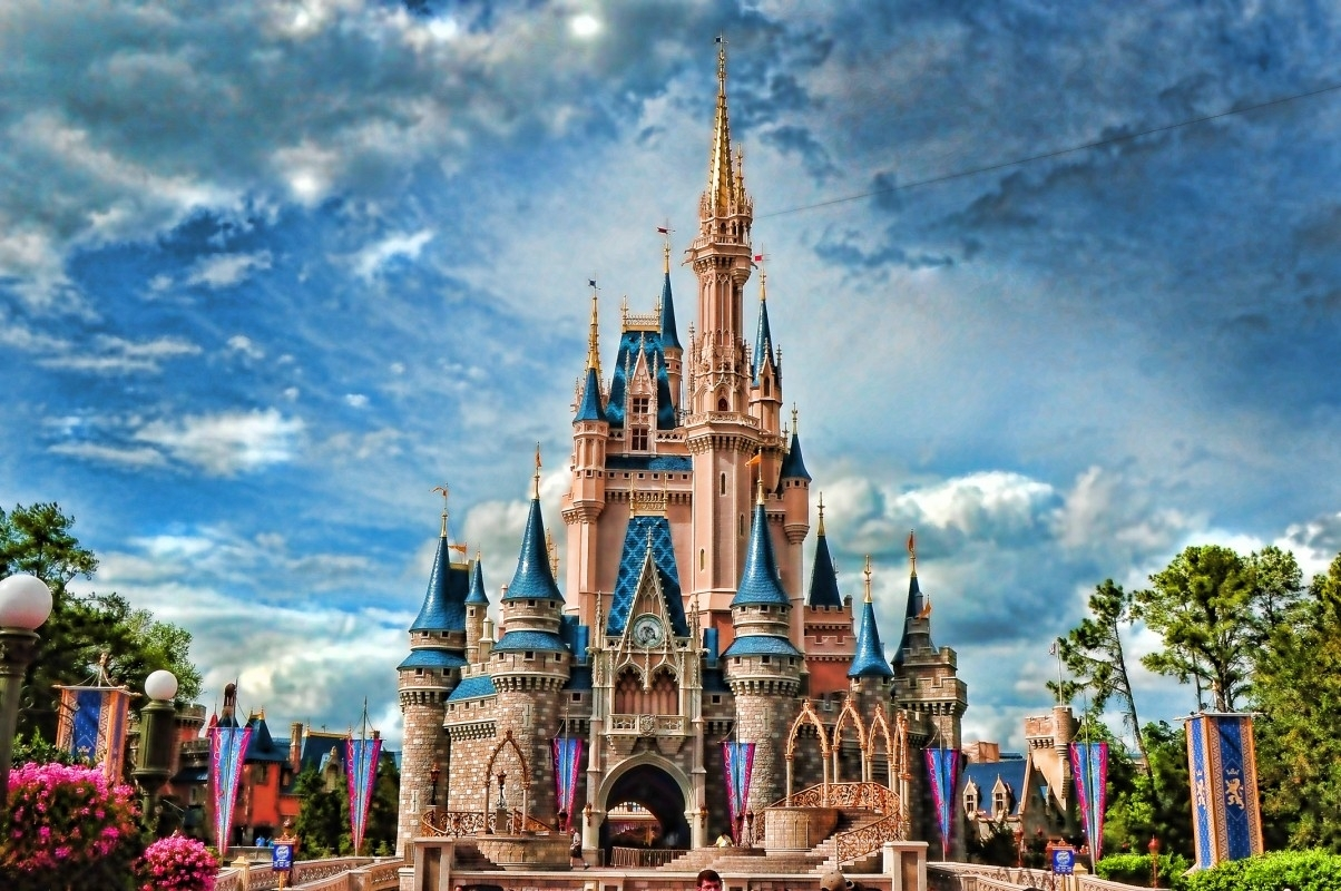 best disney castle wallpaper hd images backgrounds disneyland iphone