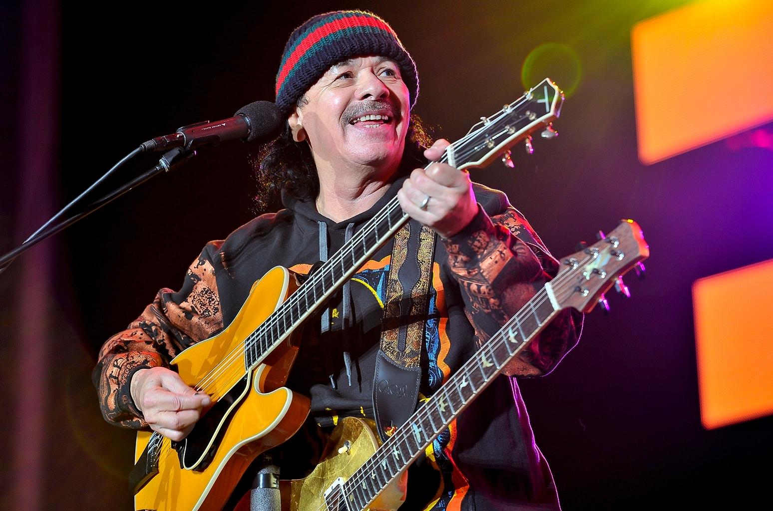carlos santana : guitarist / guitariste - radio satellite2
