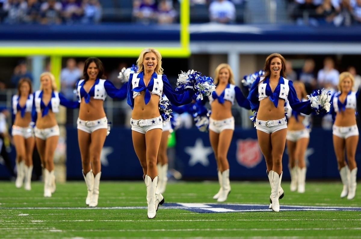 cowboys cheerleaders wallpaper