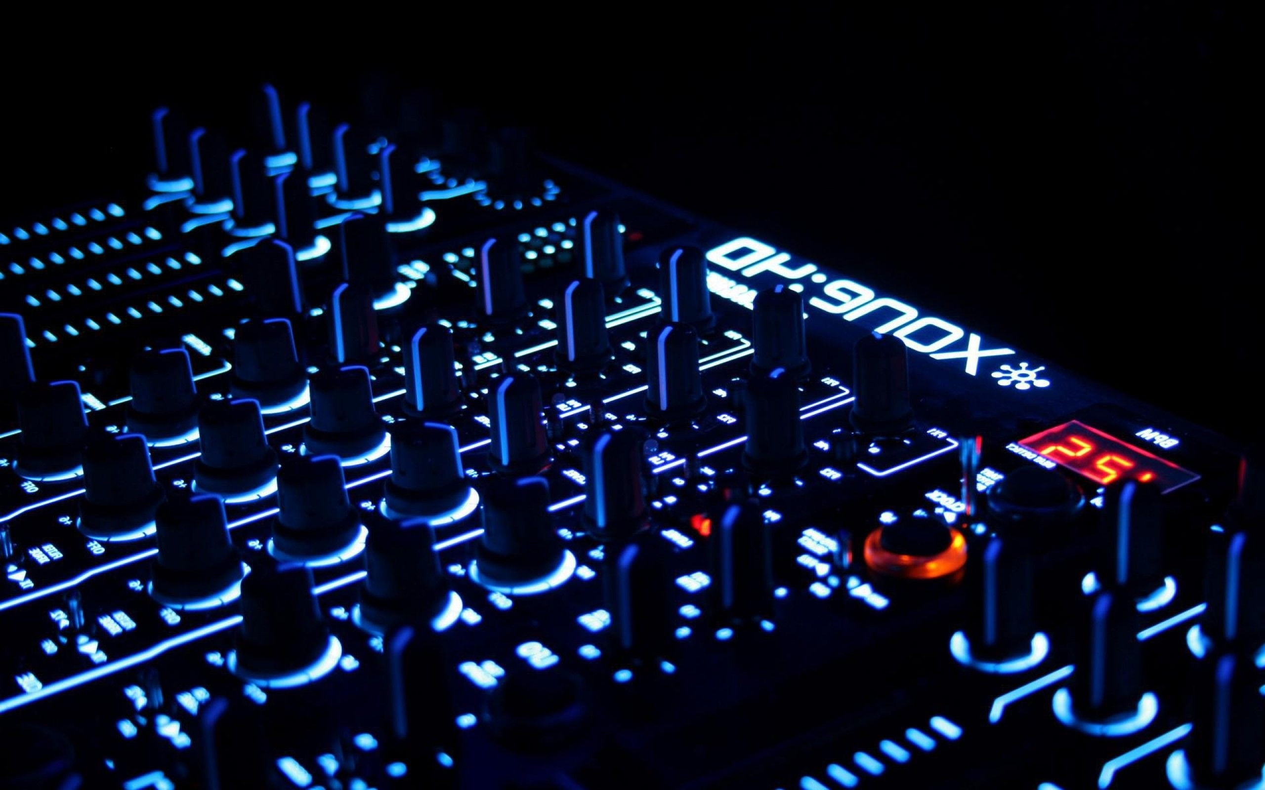 dj wallpapers group with 16 items