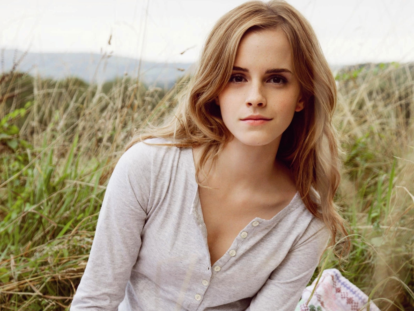 Emma Watson Hd