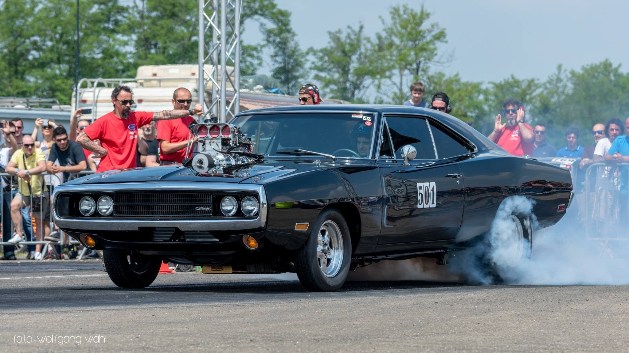 fast and furious' 1970 dodge charger r/t - drag race! - youtube