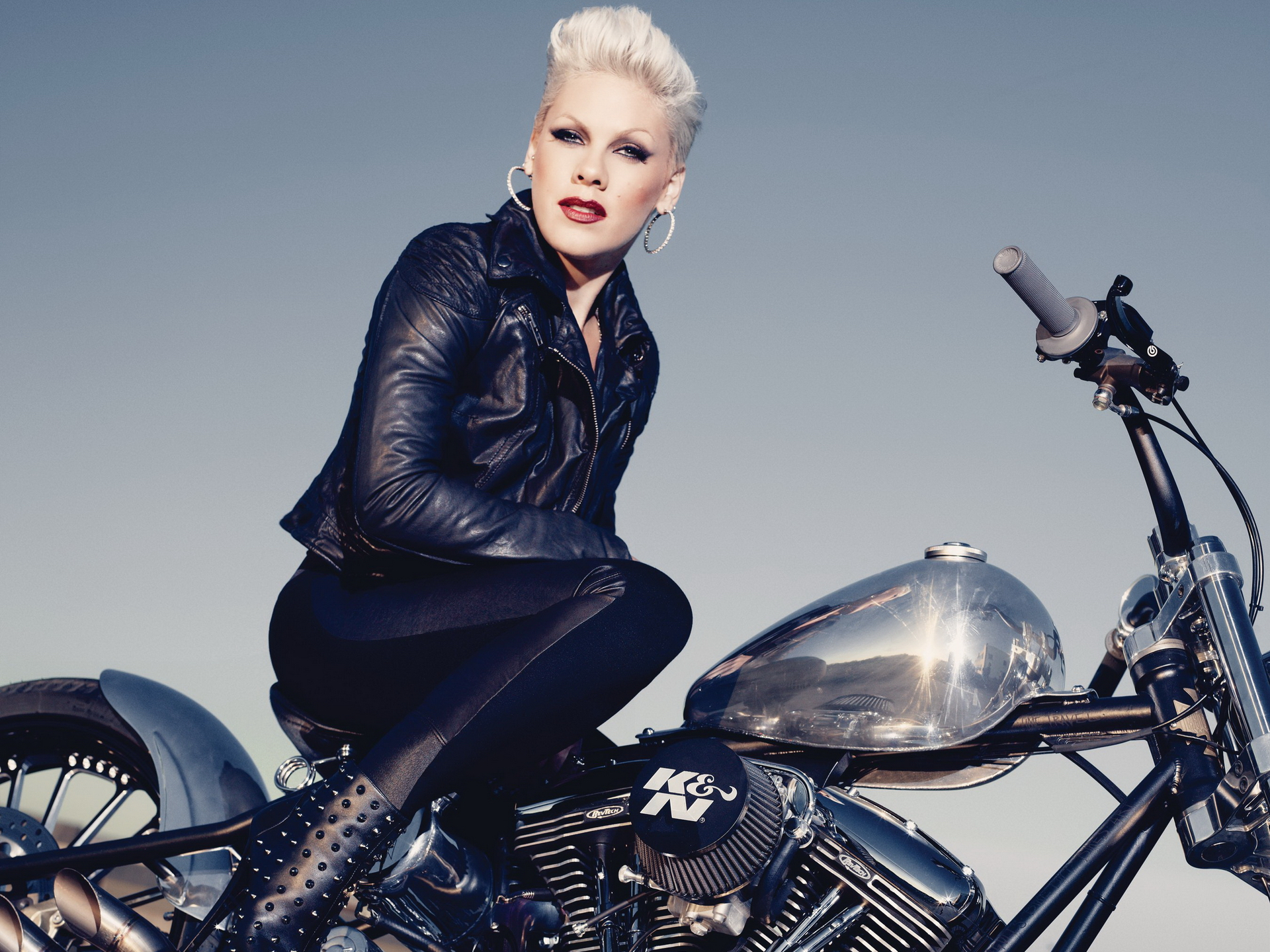 how pink became a front(wo)man to the feminist movement