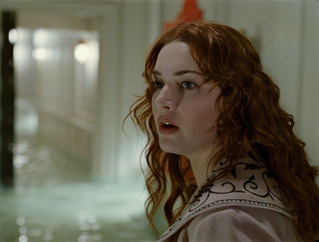 kate winslet in titanic. | titanic movie pictures leonardo dicaprio