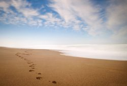 10 New Images Of Footprints In The Sand FULL HD 1920×1080 For PC Desktop