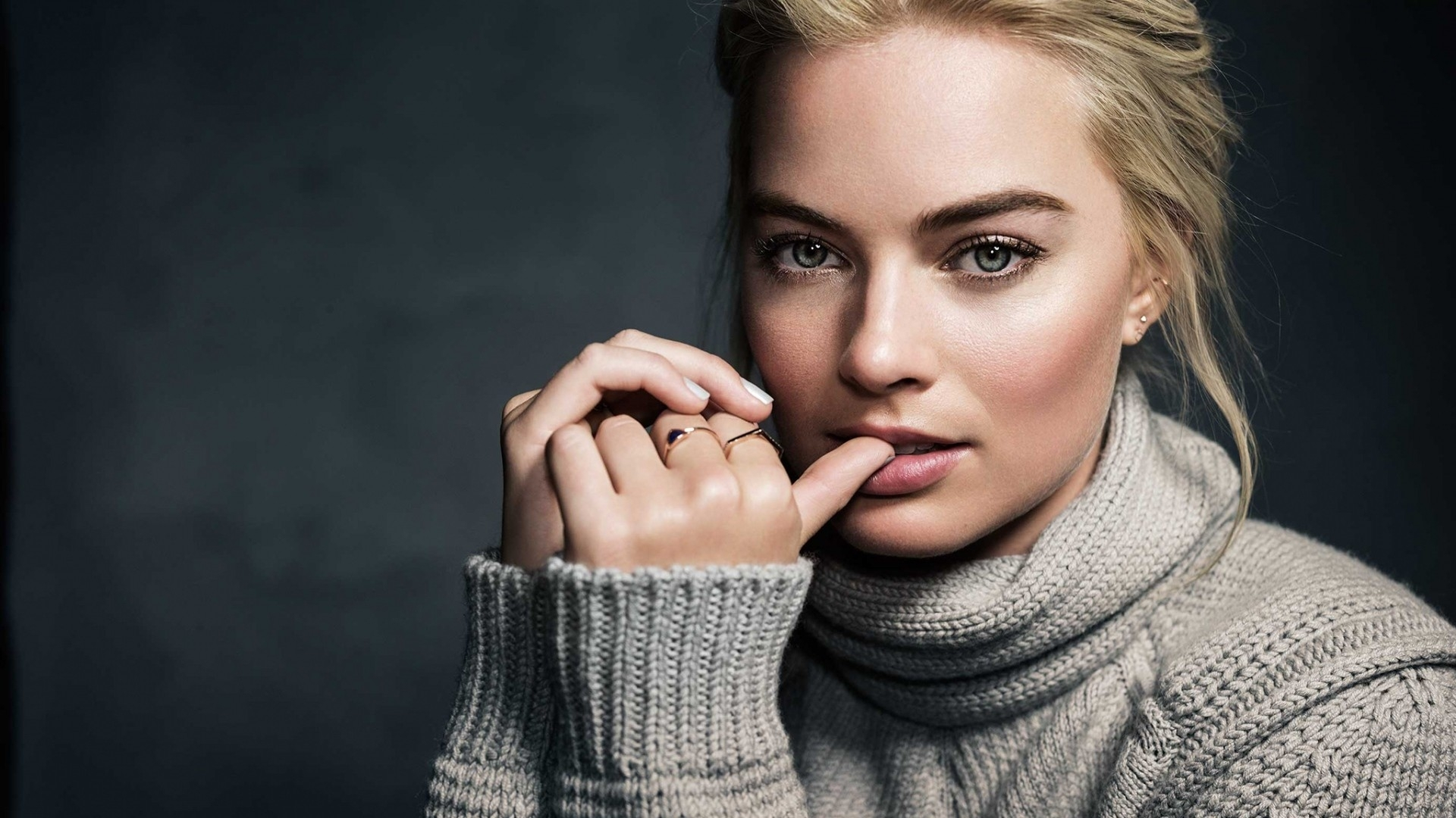 lovely margot robbie hollywood actress hd wallpaper 5 - wallpaper