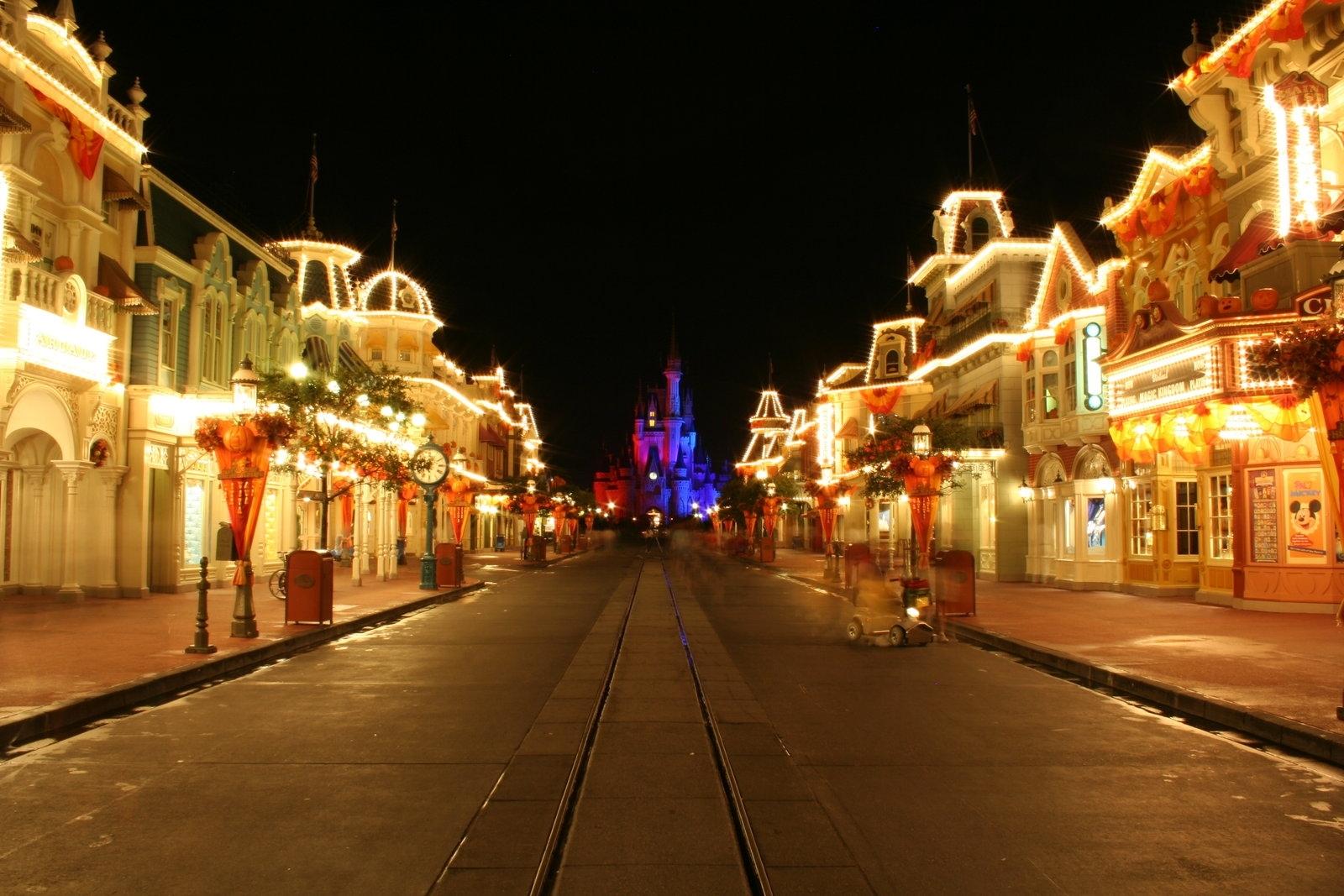 Play Disney Magic Kingdoms on Mac and PC - YouTube
