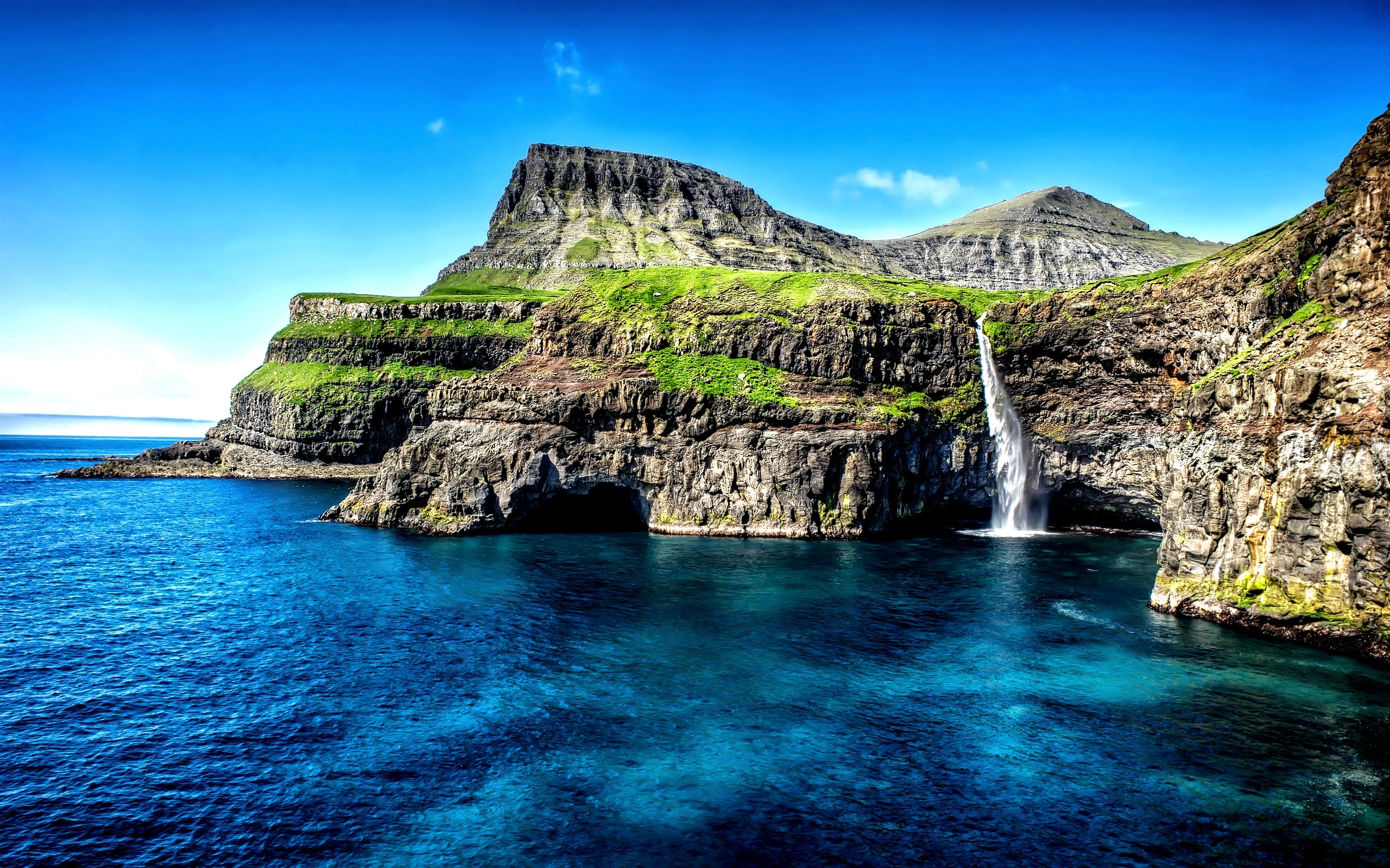 nature & landscape hawaii islands waterfall wallpapers (desktop