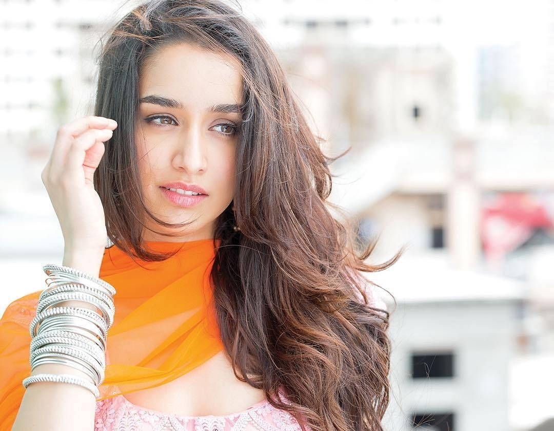 shraddha kapoor beautiful face mobile background download hd free