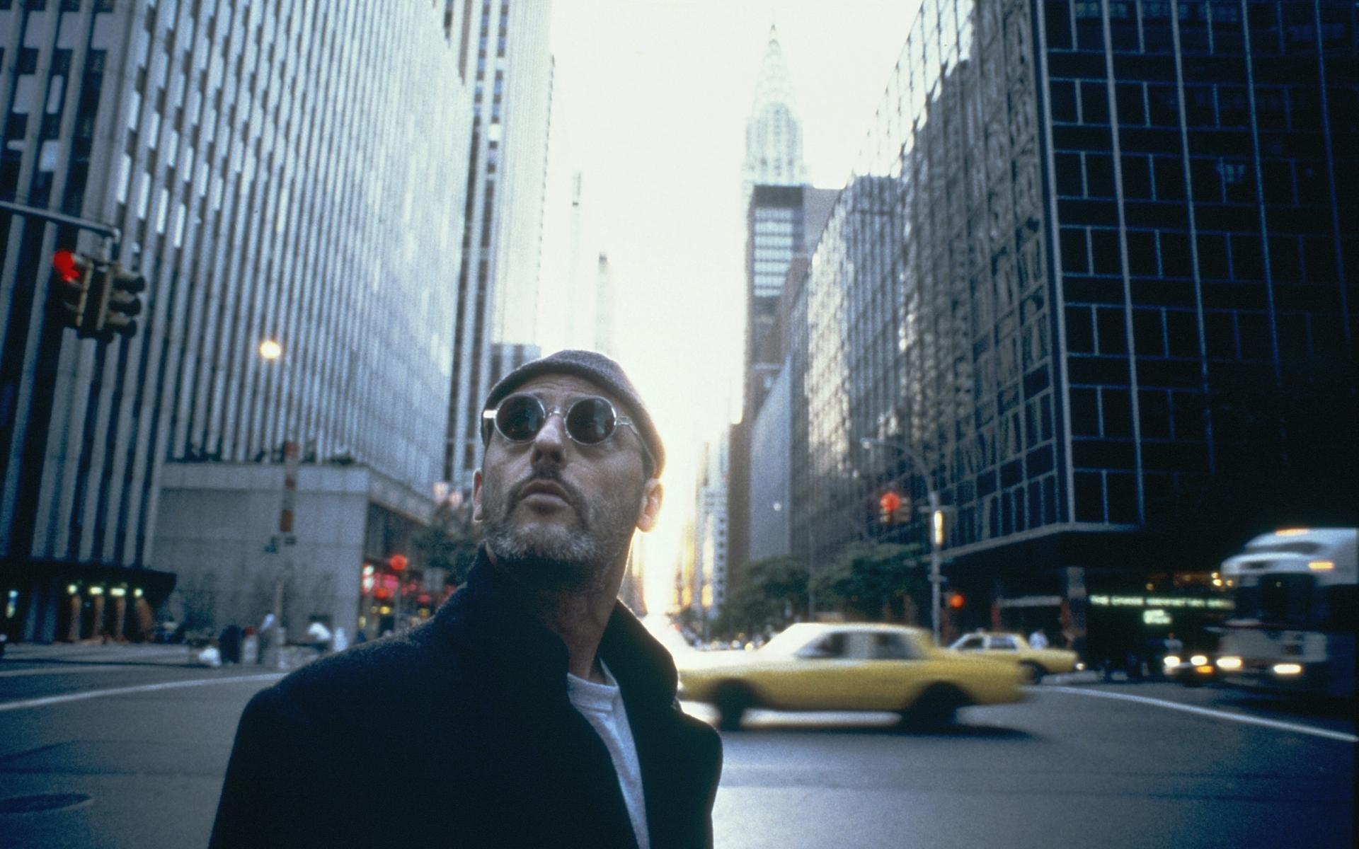 streets, cars, leon the professional, jean reno, sunglasses